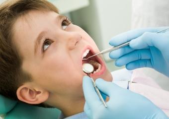 Çocukların Diş Muayene ve Tedavilerini (Süt Dişleri Dâhil) İhmal Etmemek Gerekir.